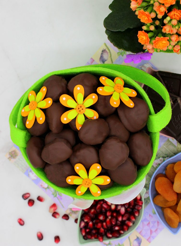 Vegan chocolate candies