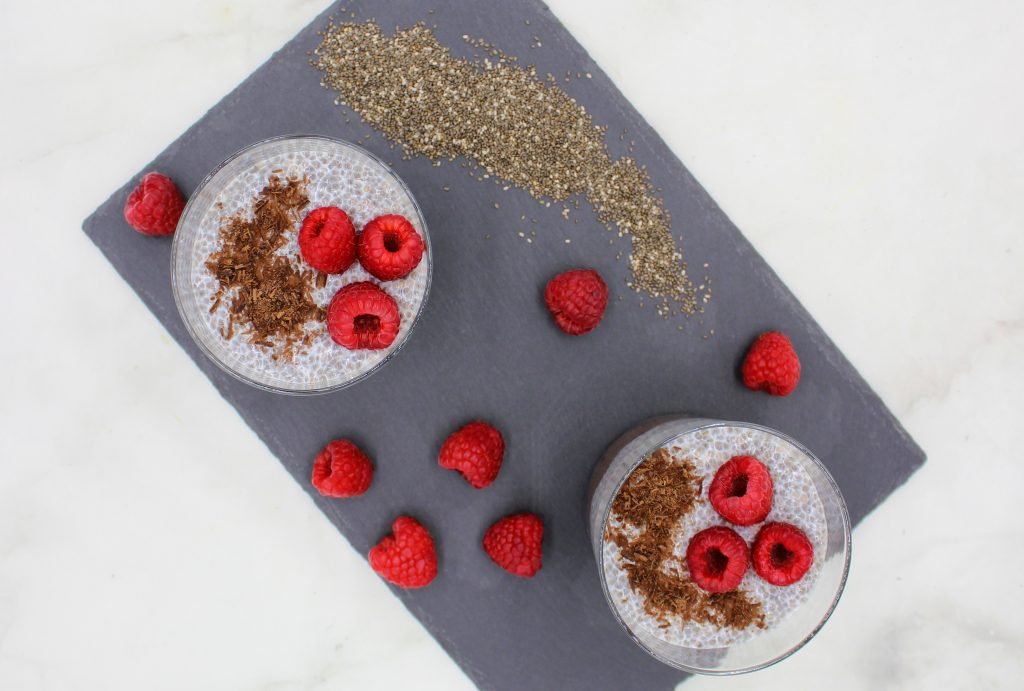 Vegan raspberry-chocolate chia pudding from top