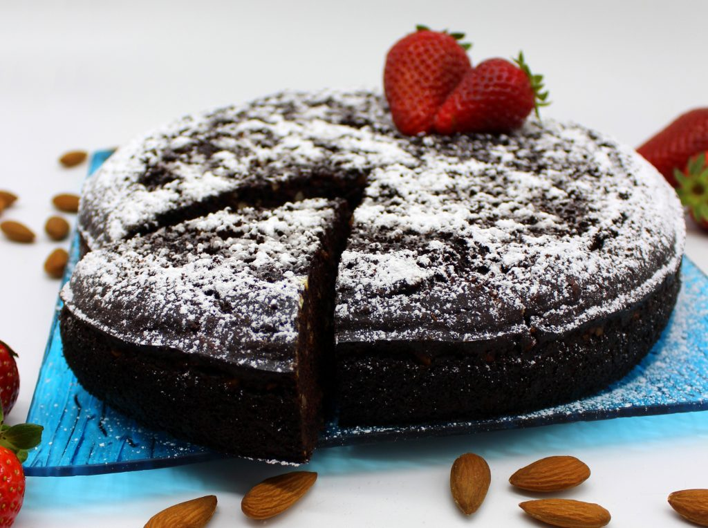 Easy vegan chocolate almond cake