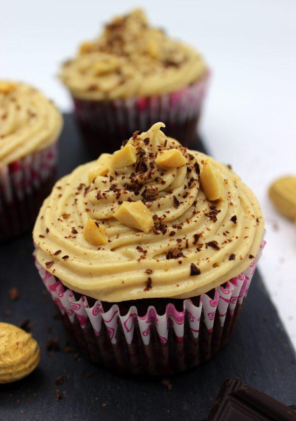 Vegan chocolate and peanut cupcakes